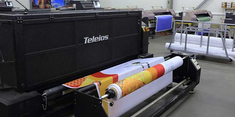 Печать на ткани, нанесение изображение на ткань