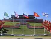 Флаги России на мачтах флагштоках из стекловолокна