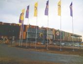 Уличные флагштоки из алюминия высотой 18м перед торговым центром
