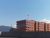 Флагшток на крыше здания с основанием - кронштейн настенный для мачты вертикальный сталь Н702